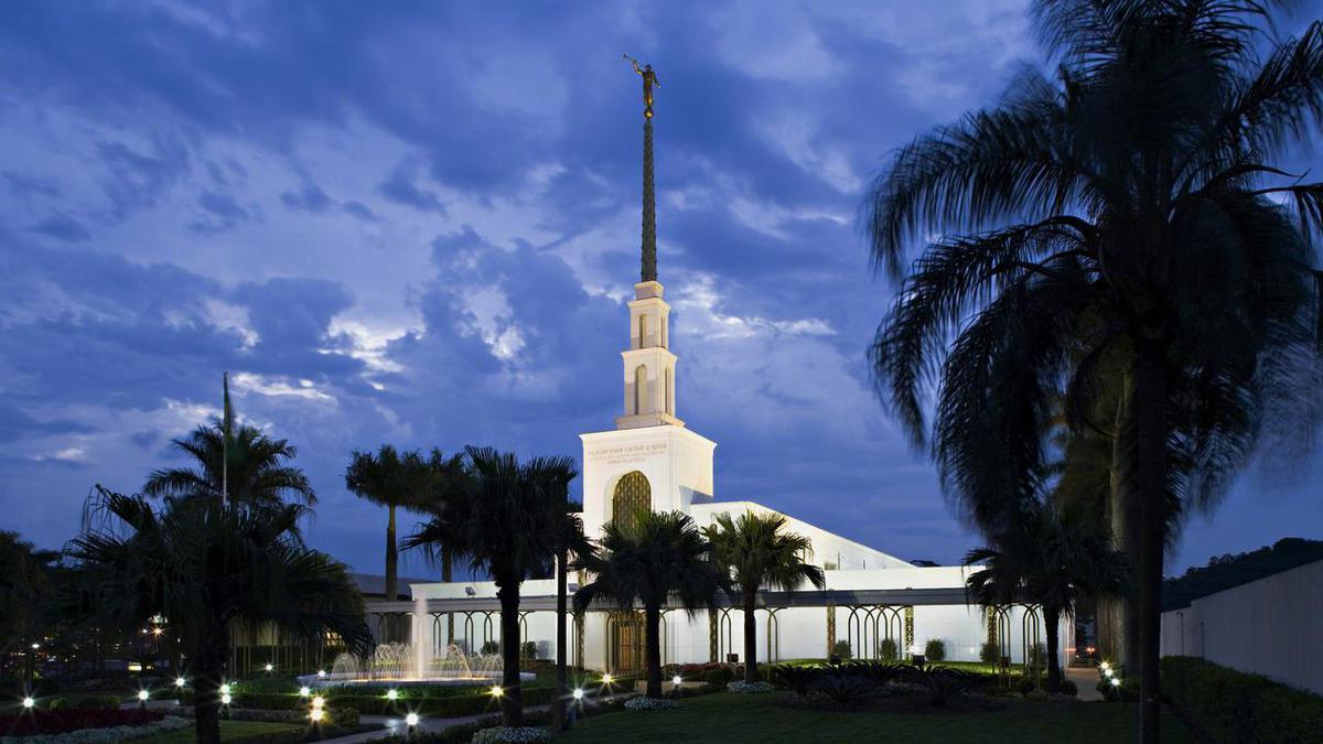 Templo de A Igreja de Jesus Cristo em Sao Paulo. Os templos mórmons são edifícios sagrados dedicados a Deus.