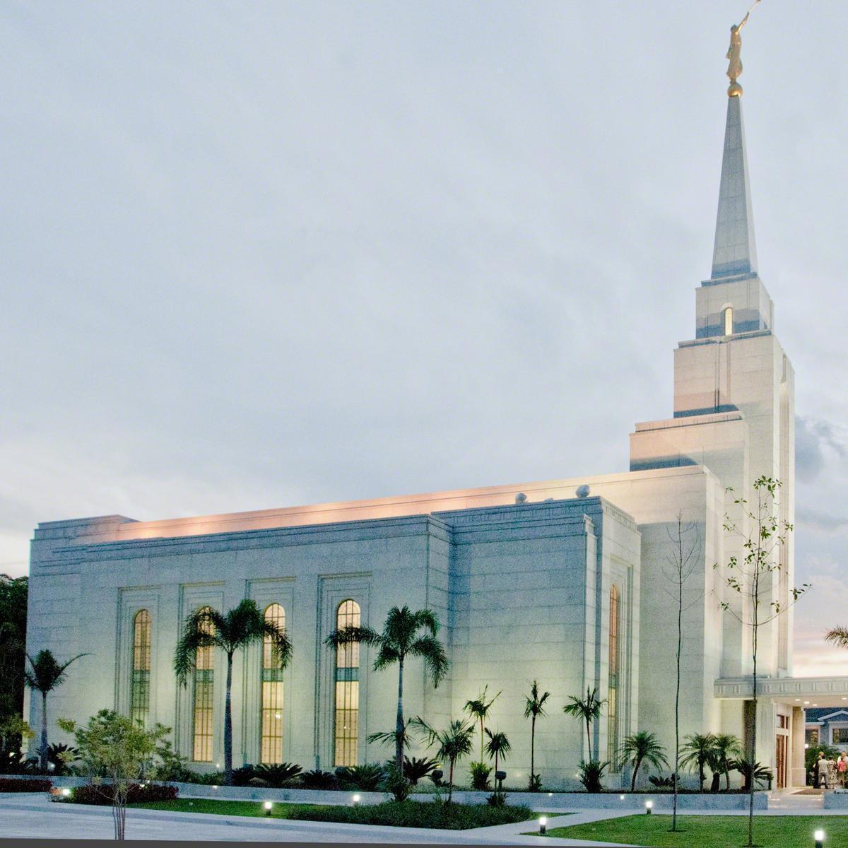 manaus--templo-de-a-igreja-de-jesus-cristo