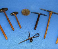 BANNER Miniature Mining Tools Set.jpg