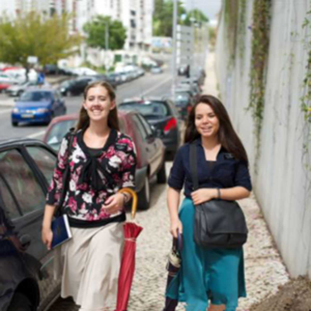 Portugal sister missionaries