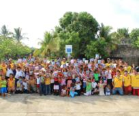Jóvenes adultos solteros visitaron la aldea El Manchón Guamuchal, en Retalhuleu.