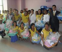Hermanas de la Sociedad de Socorro de Panamá hacen donación