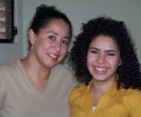 Ana Gabriela Morales y su madre, Mayra Rodr c3 adguez ( c2 bfQu c3 a9 ser c3 a1 ser un misionero).jpg