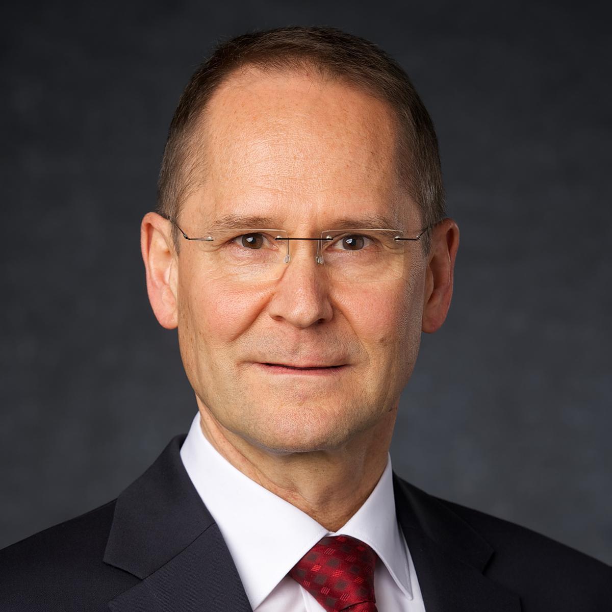 starešina Wolfgang Pilz