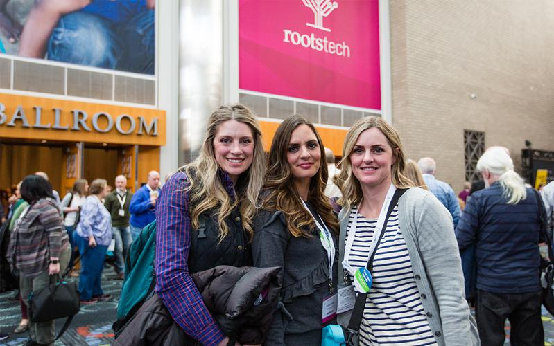 jovens na RootsTech