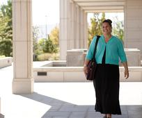 Das Garment ist ein heiliges Kleidungsstück, das alle gottesfürchtigen Mitglieder der Kirche Jesu Christi tragen.