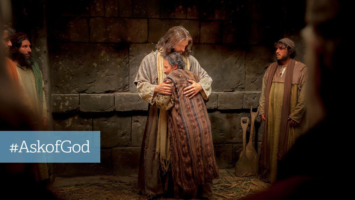 Jesus Kristus omfavner mand