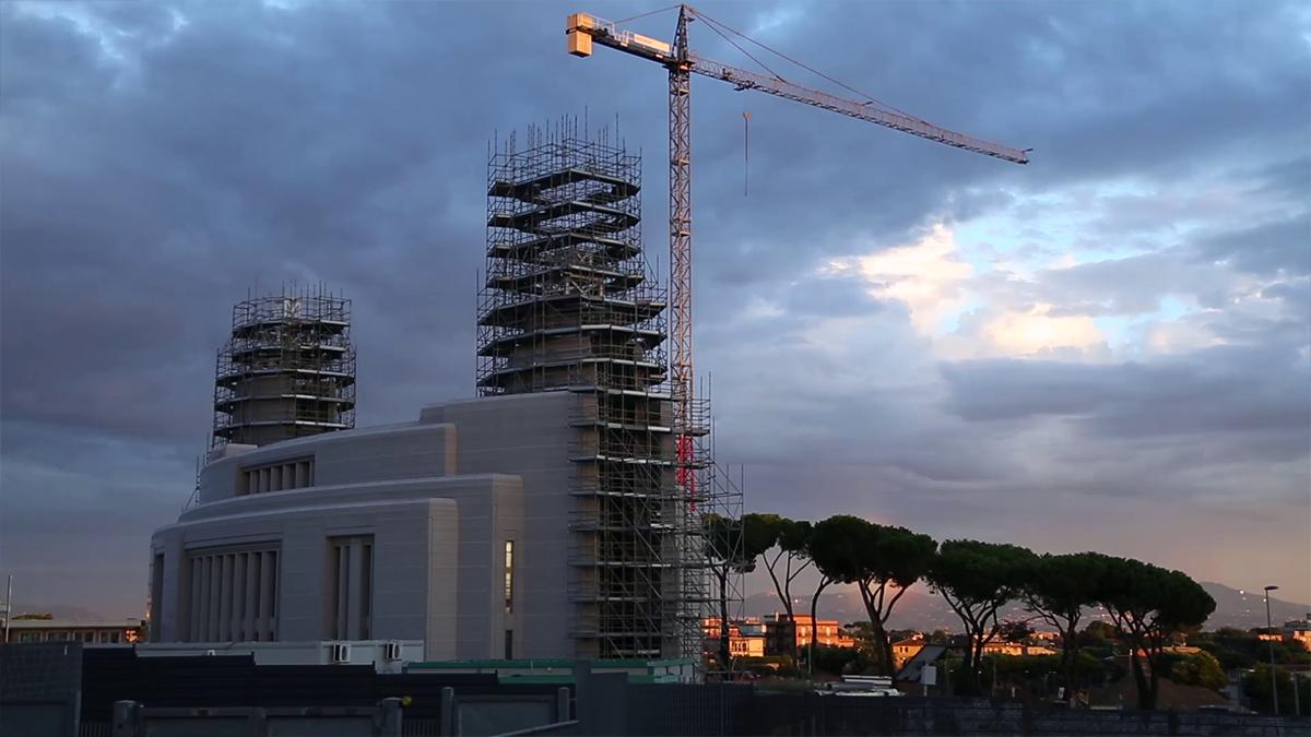 La construction du temple de Rome