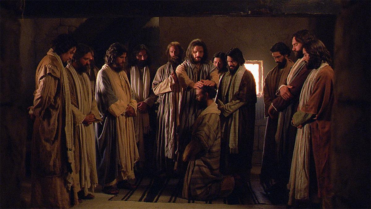 Jésus-Christ ordonne ses apôtres.