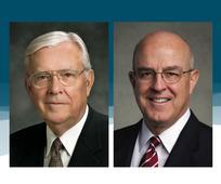 Elder M. Russel Ballard und Elder L. Whitney Clayton