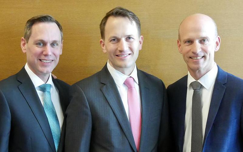 Roland Bäck tritt die Nachfolge von Helmut Wondra als Pfahlpräsident an. Mit seinen Ratgebern Jared Jankowsky und Frank Helmrich ist die neue Präsidentschaft des Pfahles Wien-Österreich vollständig.