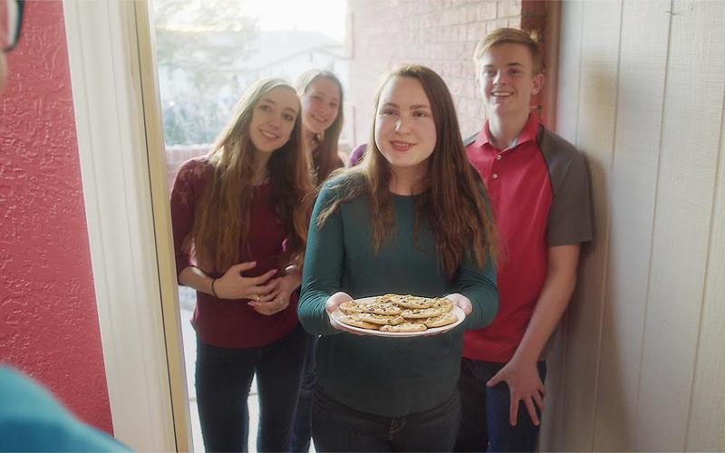 Junge Erwachsene dienen anderen