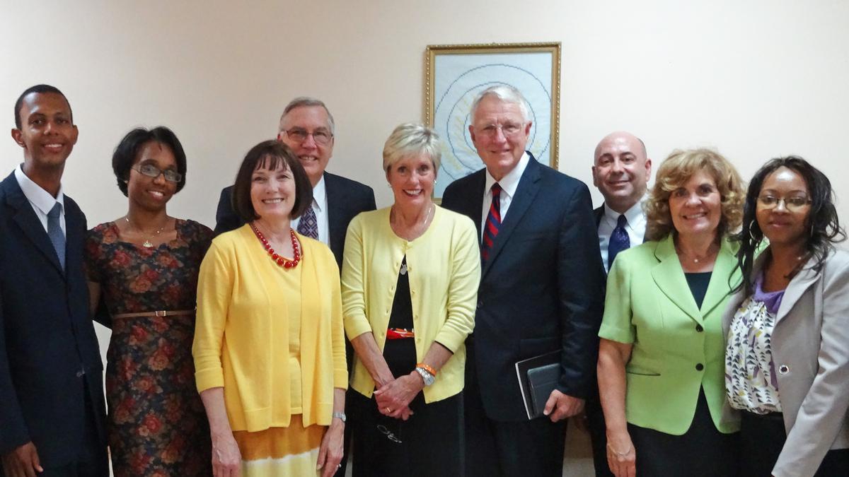 Líderes Gerais da Primária e Sociedade de Socorro visitam Cabo Verde