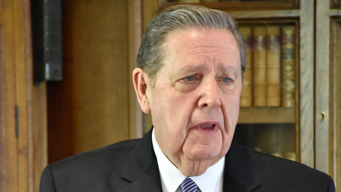 Apostol govori o vjerskom progonu i prisilnoj migraciji na konferenciji u Windsoru