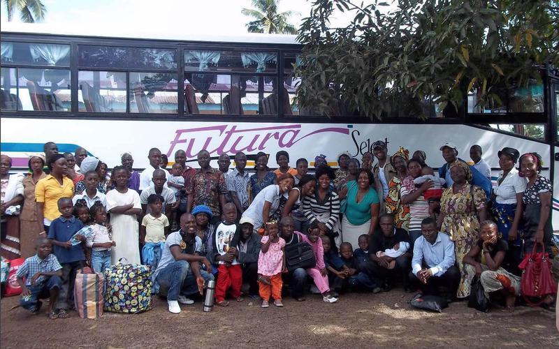 10 misionara, 7 afričkih država, 6 afričkih misija- Starješina i Sestra Schlehuber