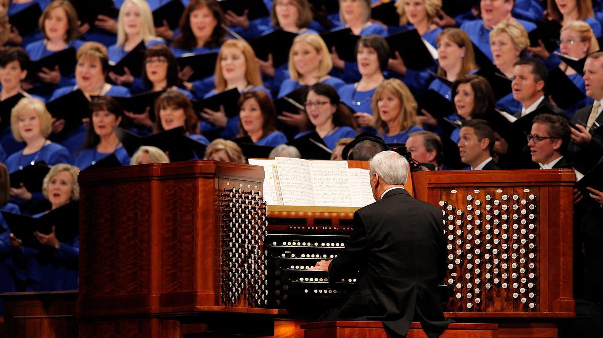 Moрмонски хор Саборне цркве, познат у целом свету по својој надањујућој и дивној музици, наступа на свакој полугодишњој генералној конференцији.