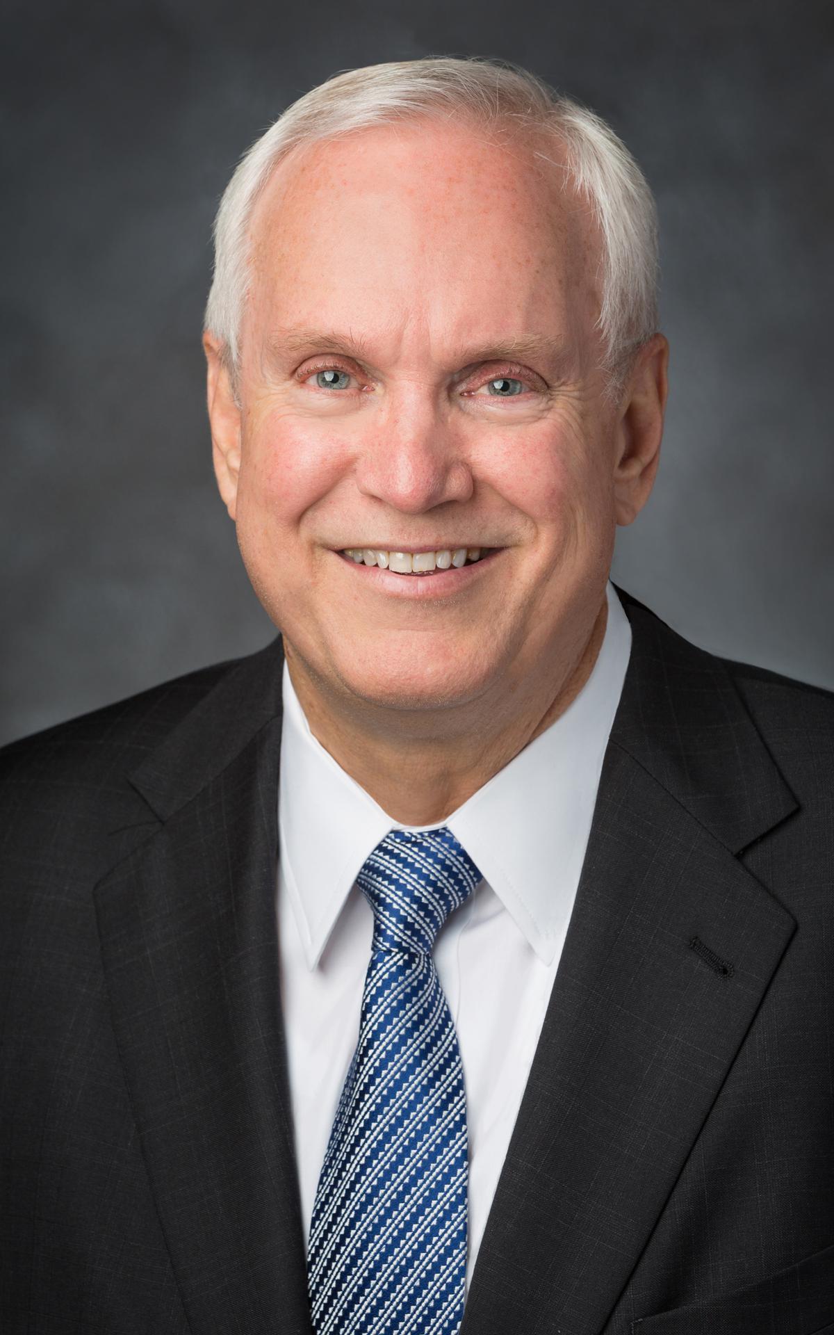 Starješina Robert C. Gay