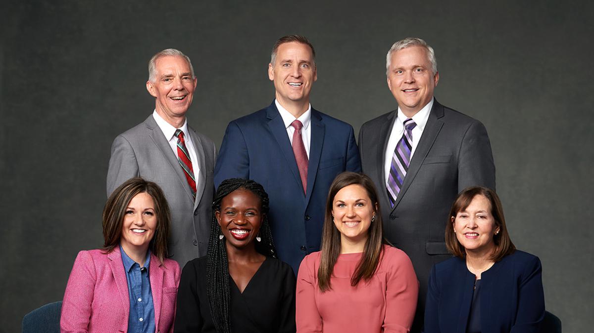 Članovi odbora za Dječju pjesmaricu