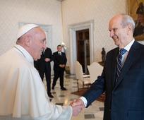 Пророк се састао са папом Фрањом у Ватикану
