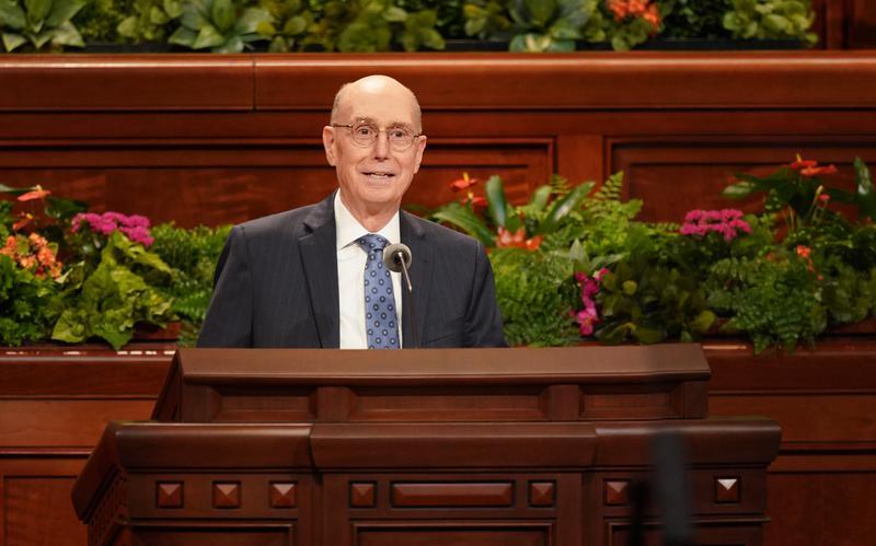 Председник Хенри Б. Ајринг најавио је следеће промене вођства Цркве