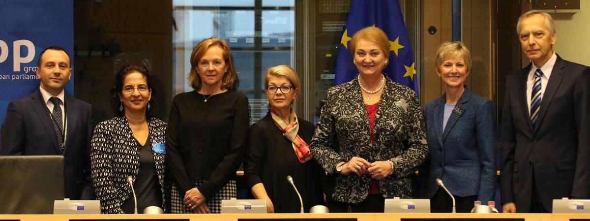 Deltagere i konferencen »Kvinder i tro: Religionsfrihed eller et perspektiv om tro« organiseret af Europa-Parlamentet i Bruxelles, Belgien, d. 9. november 2017.
