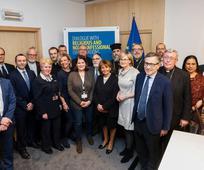 Fr. Mairead McGuinness, første næstformand for Europa-Parlamentet, og fr. Charlotte Knobloch mødes med repræsentanter for kirker og religiøse organisationer.