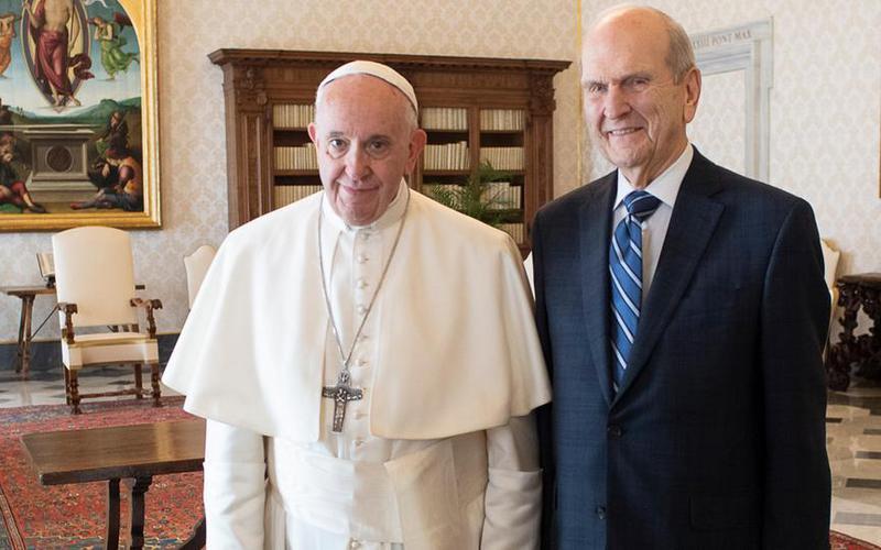 pave Frans og president Nielson