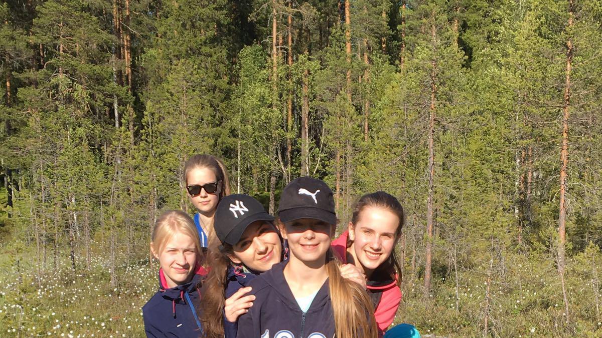 Pastaa al dente ja muita herkkuja – Oulun seurakunnan nuorten naisten kuulumisia