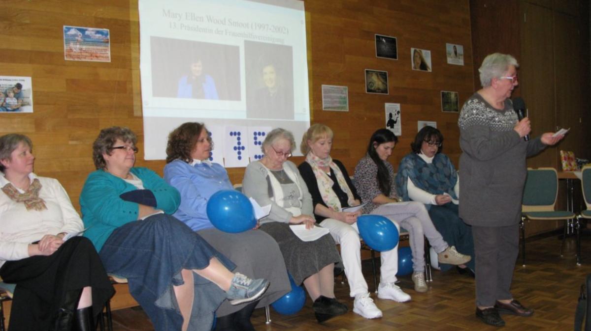 Die Schwestern in Pinneberg feiern das 175. Jubiläum der Frauenhilfsvereinigung