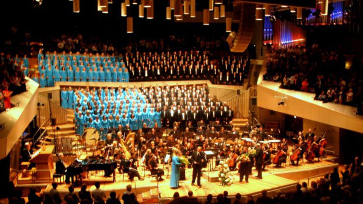 Erinnern Sie sich: Chor und Orchester begeistern Europa
