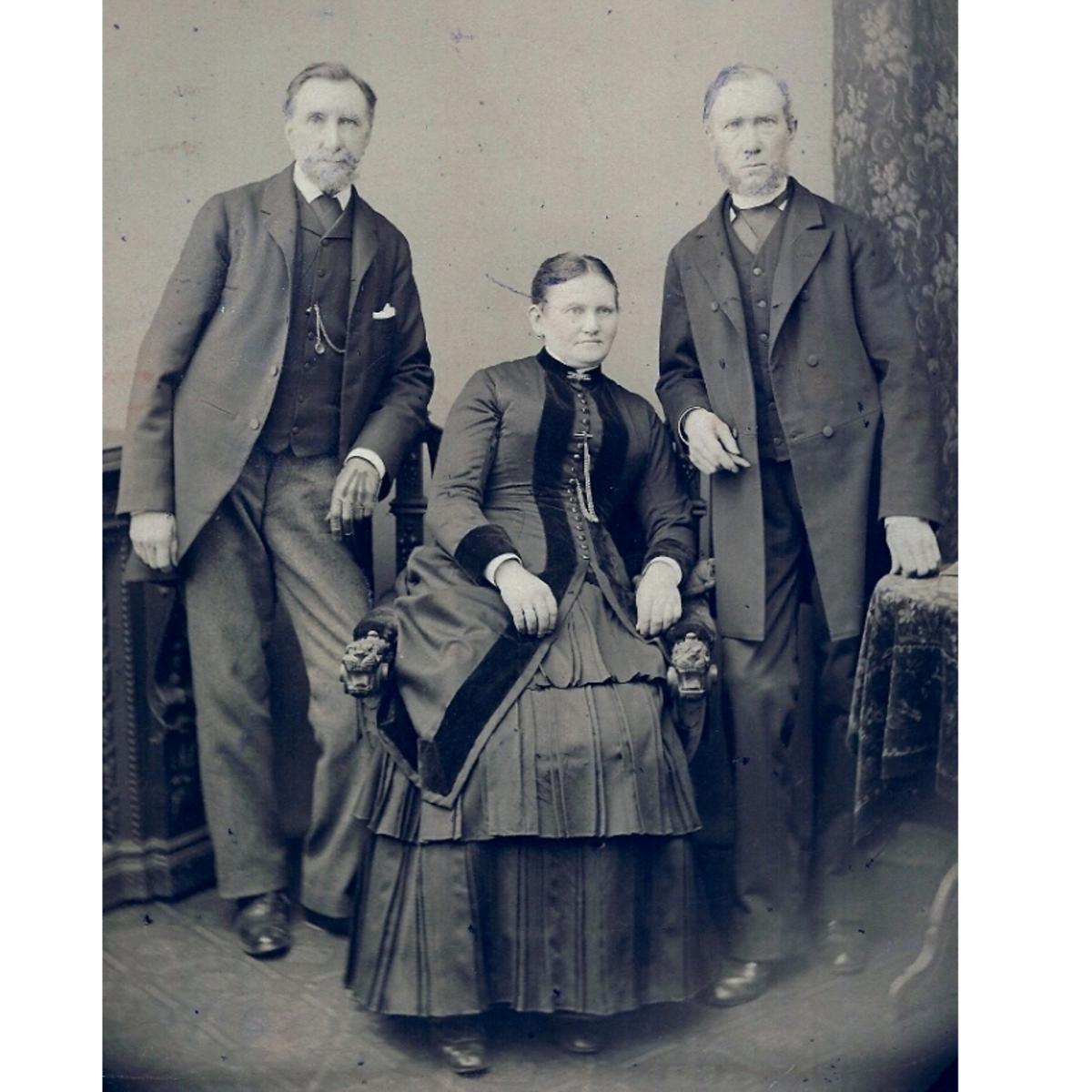 Das Bild mit dem Vermerk, dass Onkel Thomas aus London zu Besuch in Hamburg war.