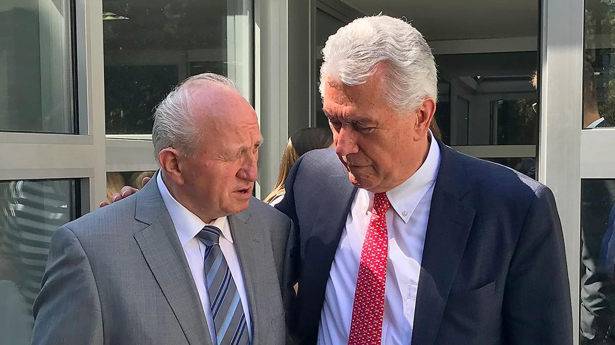 Elder Uchtdorf besucht Berlin