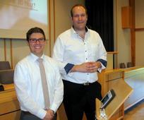 Sebastian Franz und Christoph Zickler, die vortragendes Hohen Räte