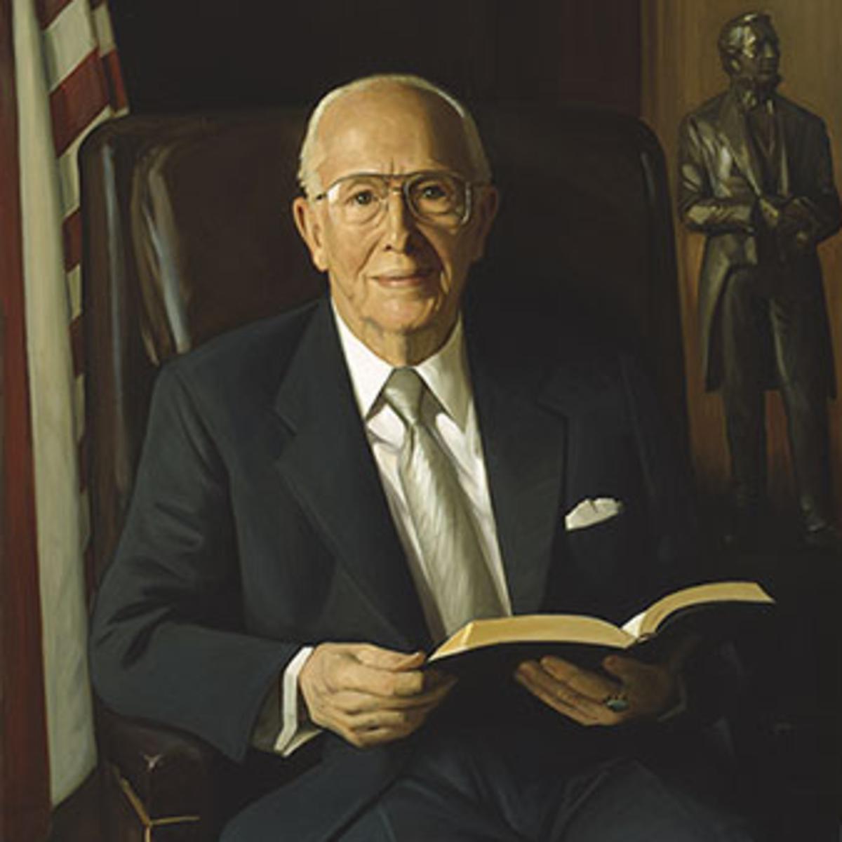 Ezra Taft Benson elnök és 1956