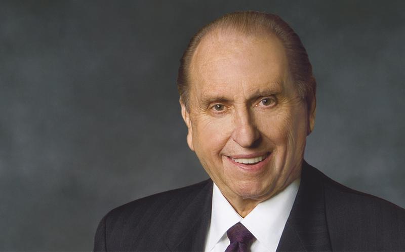 Thomas S. Monson elnök 90 éves korában elhunyt