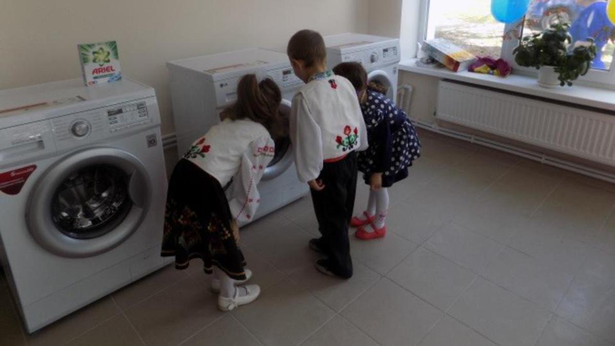 Moldova-washing-machine