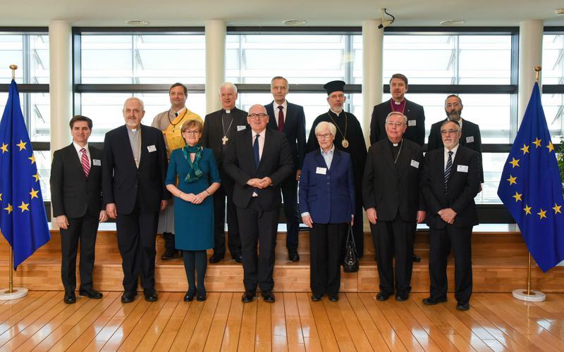 Elder Massimo De Feo werd uitgenodigd door de Europese Commissie