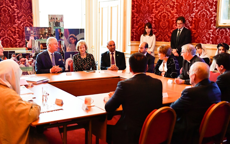 LDS Charities neemt deel aan discussie met prins Charles