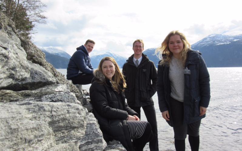 Elise Horgmo med andre misjonærer