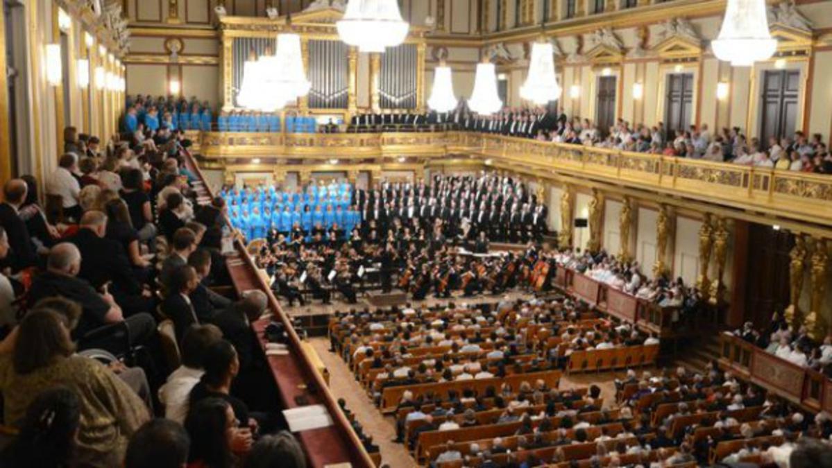 Хор и оркестар завршили европску турнеју, први пут после 20 година
