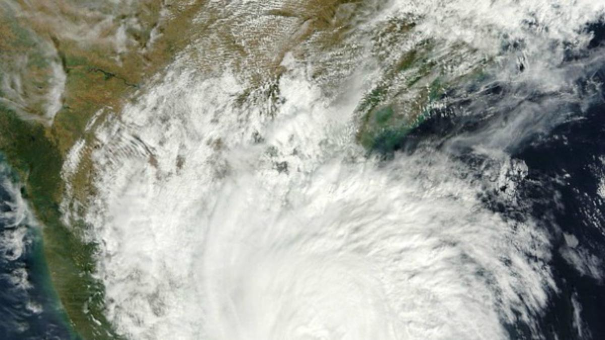 Tajfun Haiyan: Cerkev ponudila pomoč ljudem v stiski