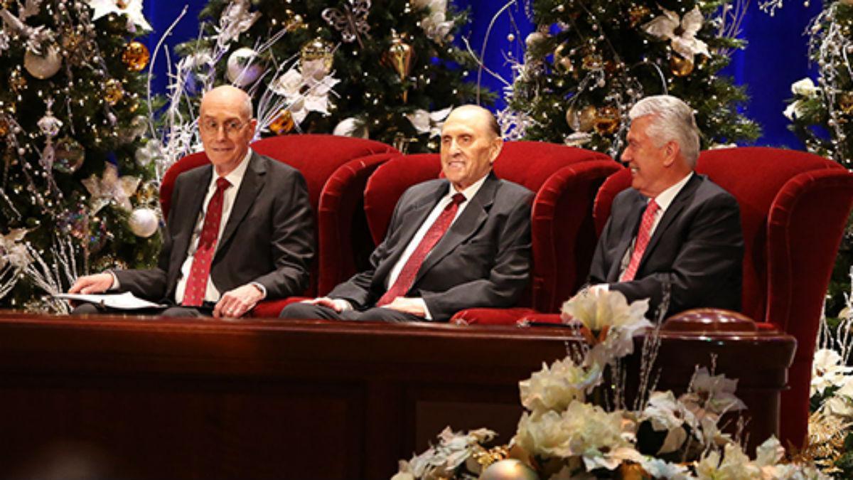 La Primera Presidencia en el devocional de Navidad de 2015