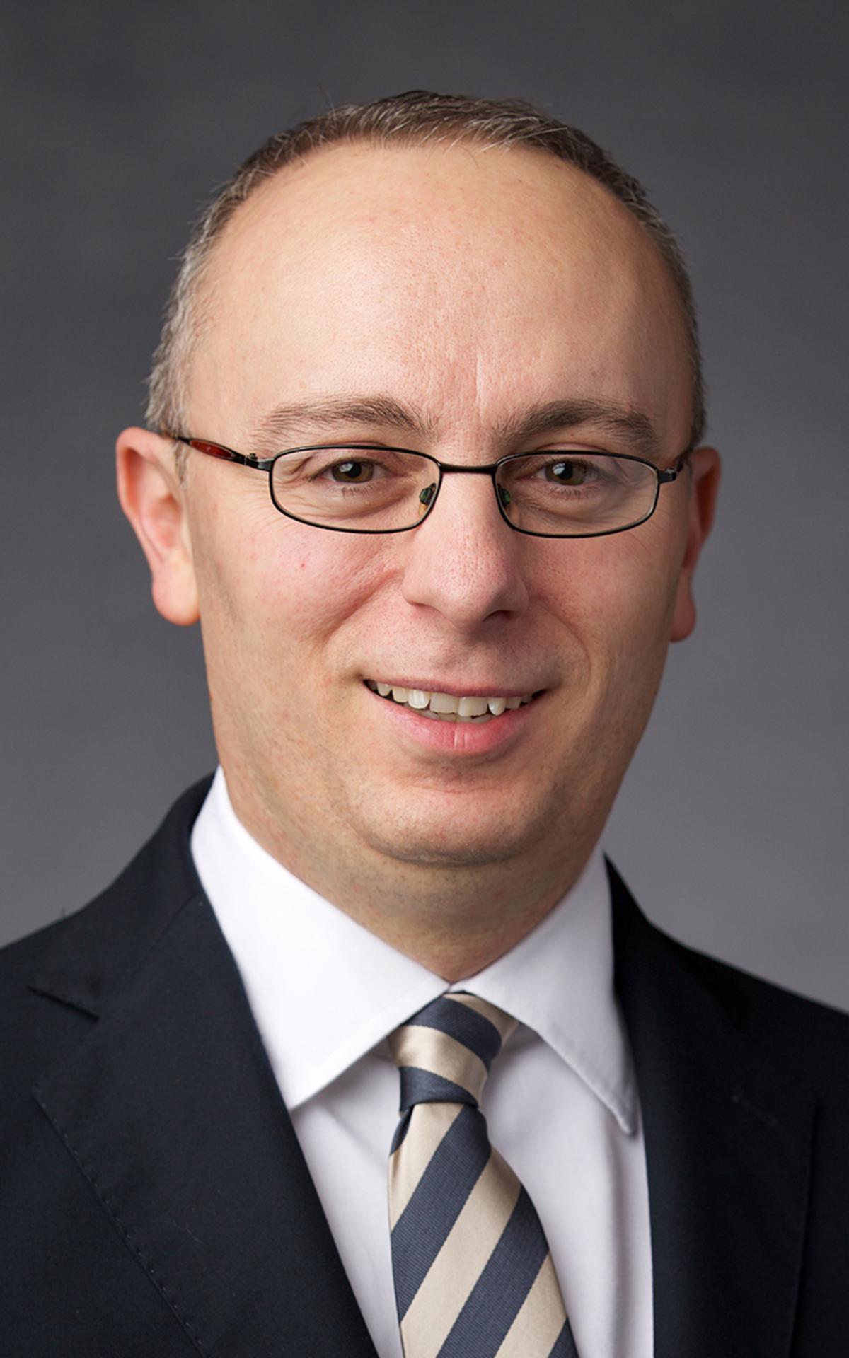 Elder Matthieu Bennasar, Setenta de Área, Francia