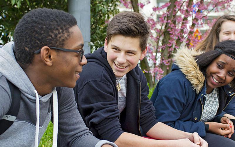 Neuer Ansatz tritt ab Januar 2020 an die Stelle der derzeitigen Aktivitätenprogramme für Kinder und Jugendliche