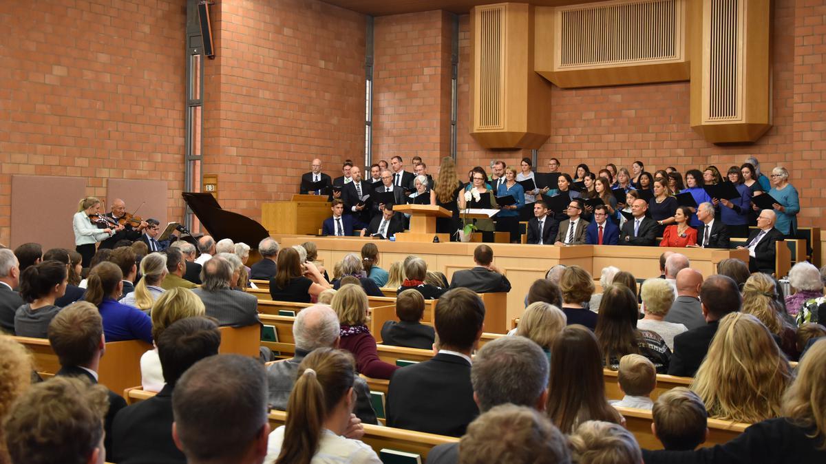 Der Chor bereicherte die Konferenz