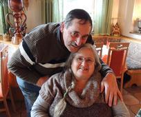 """""""Wo die Liebe wohnt"""": Josef und Hazel in ihrem trauten Heim."""