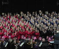 Mormon Tabernacle Choir und das Orchestra at Temple Square begeistern Zürich