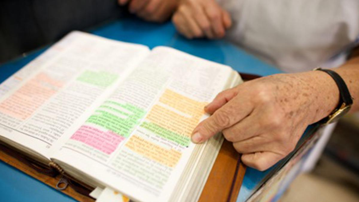 Reading and studying the scriptures