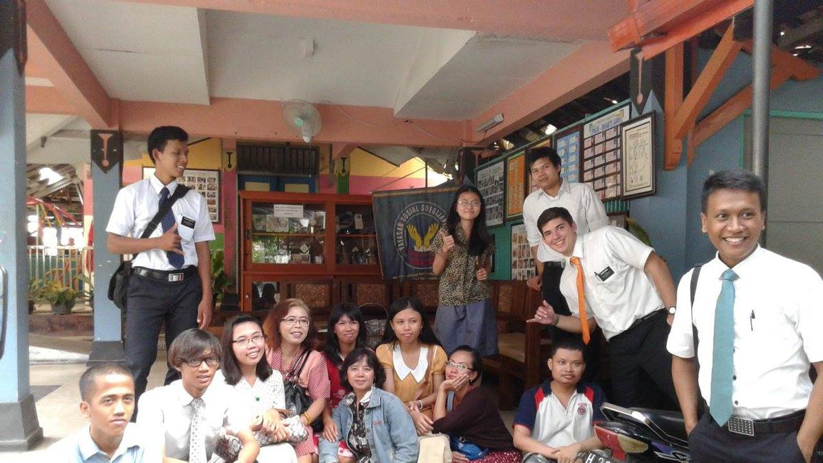 Berkunjung Bersama Remaja Putri Semarang