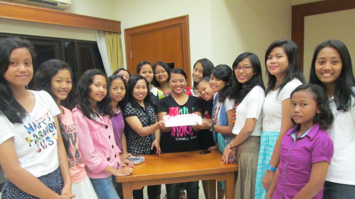 Perayaan Ulang Tahun Remaja Putri ke-145 Pasak Surakarta